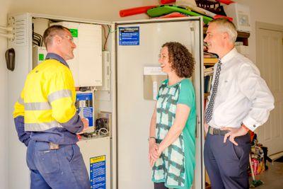 Stuart, the installer, explaining the battery operation.